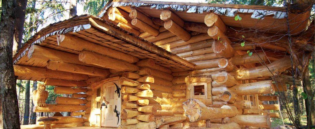 зима в деревянном доме