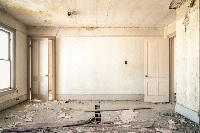 выравнивание стен и потолка в квартире